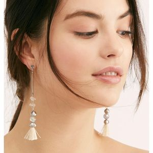 Free people dangle earrings NWT